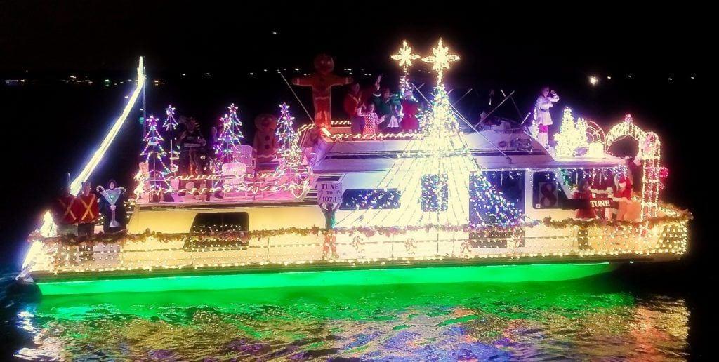 Twinkle Light Boat Paradise Image